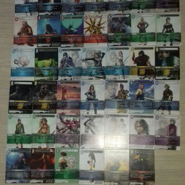 lot de 607 cartes final fantasy opus 1 à 4