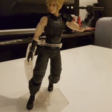 Figurine Cloud FFVII Remake