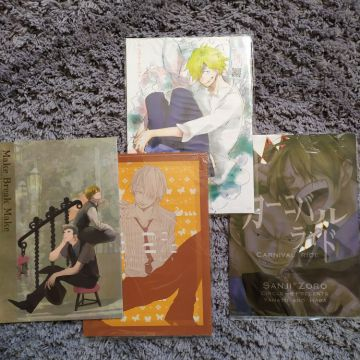 Lot de 4 Doujinshi YAOI One Piece