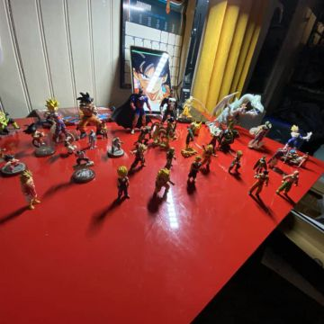 Lot de figurines DBZ + autres
