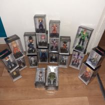 20 figurines dragon ball z
