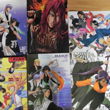 Lot de posters bleach, bon état.