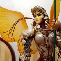 Intron Depot Masamune Shirow's Requiem Statue
