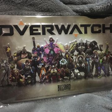 plaque décorative overwatch en metal